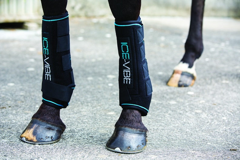 ICE-VIBE Circulation and Cooling Therapy Boots